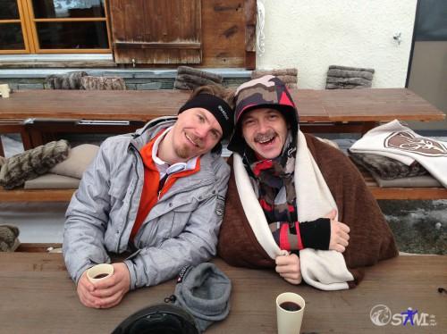Heil beim Apres Ski angekommen. Zermatt.