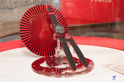 Swatch Sistem51 red.