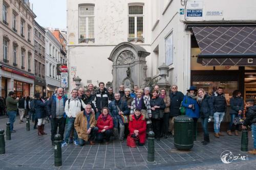 Gruppenfoto beim Manneken Pis.