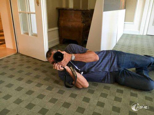 ..der auf dem Boden liegt.